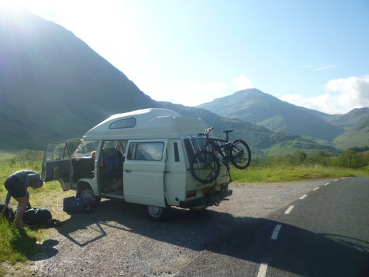 Sunday morning in Glen Nevis - perfect weather beckons
